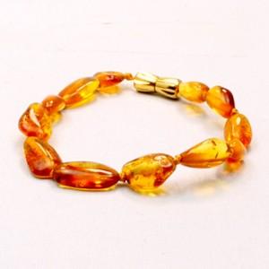Bracelet d'Ambre Bébé - Perles Longues Fermoir Laiton
