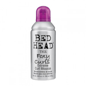 tigi-bed-head-foxy-curls-250-ml-mousse-extreme-special-boucles-soin-cheveux-boucles-hyperpara